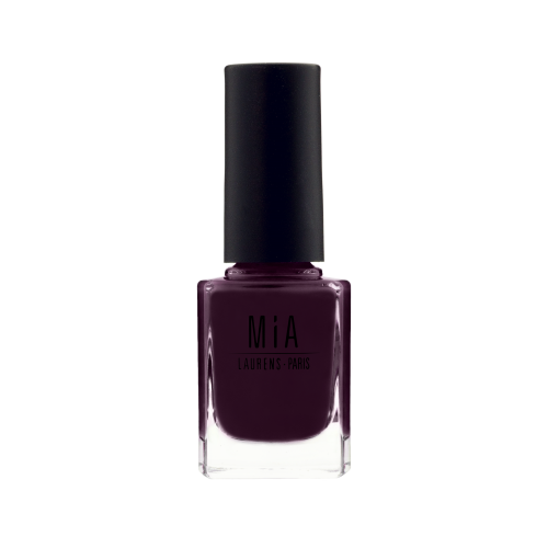 Bull Blood vegan nail polish MIA