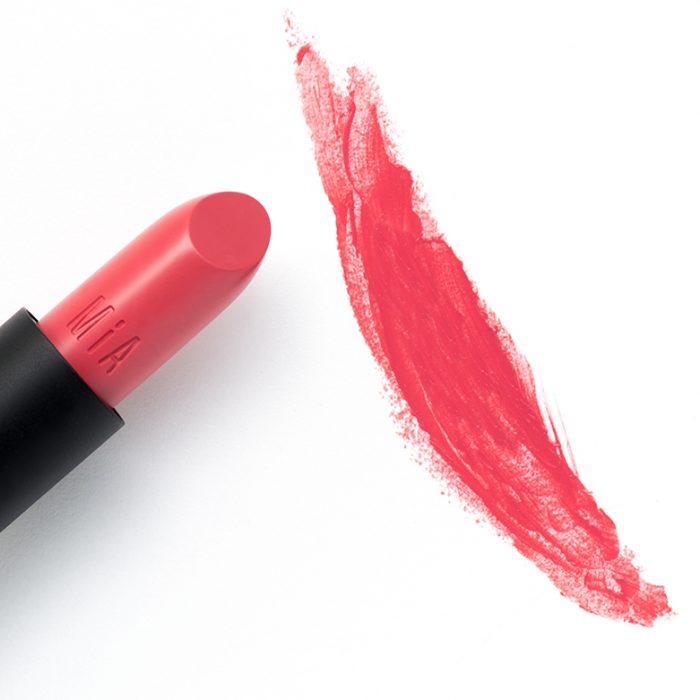 moisturising lipstick MIA